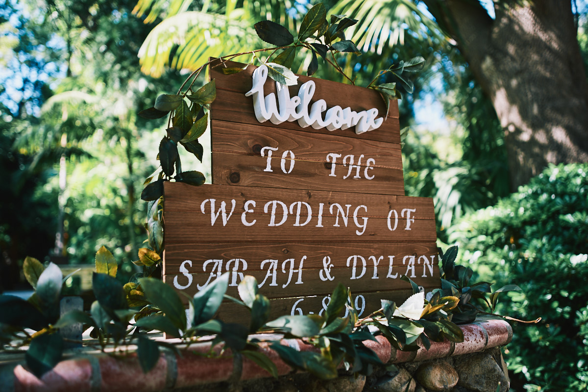 Hartley Botanica wedding sign
