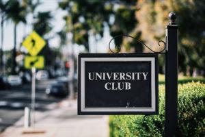 Riviera Mansion sign