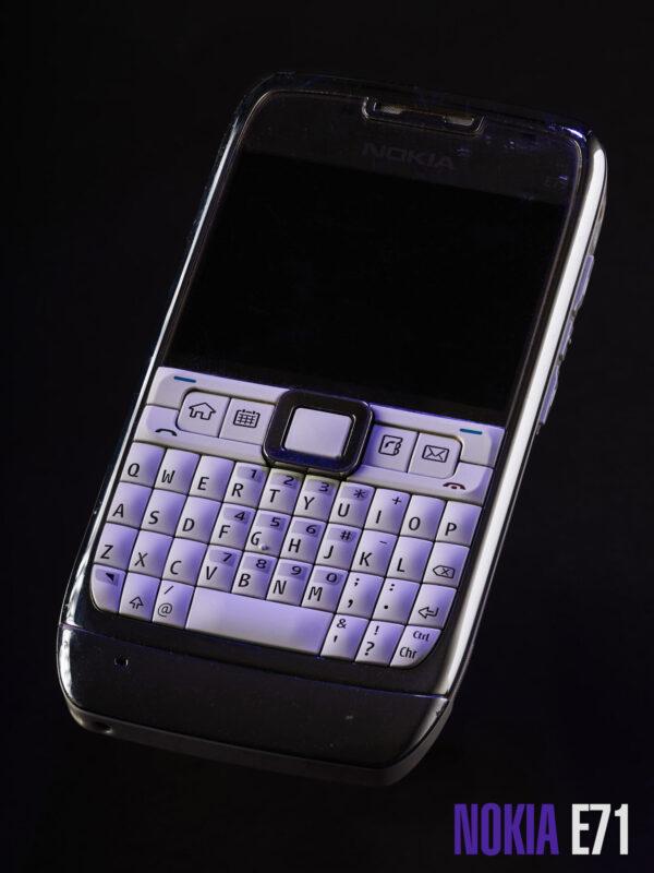 retro phone nokia